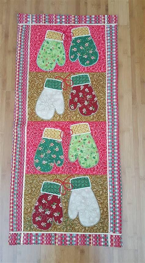 Embroidery Patterns   Mittens Quilt Blocks & Table Runner