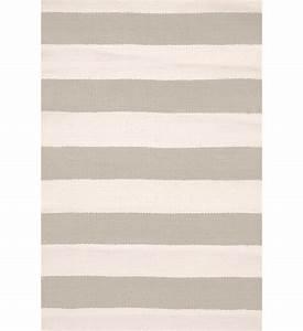 Teppich Grau Weiß Gestreift : outdoor teppich catamaran hellgrau gestreift 180 x 274 cm im greenbop online shop kaufen ~ Watch28wear.com Haus und Dekorationen