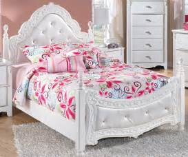 Ashley Furniture Upholstered Headboard by Exquisite Full Size Poster Bed Beds Ashley Furniture