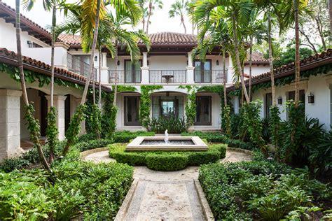 Design Tips Outdoor Entertaining by Design Tips For Outdoor Entertaining Traditional Home