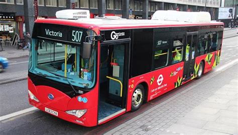 london buses  trial wireless charging technology zap map