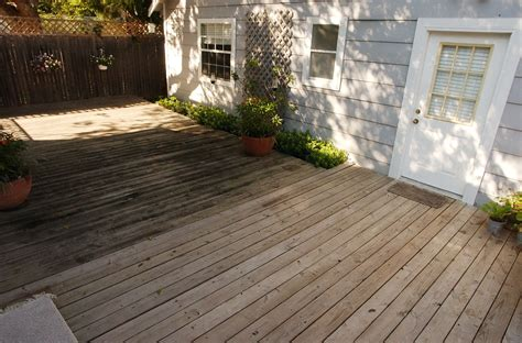 Homemade Wood Deck Cleaner