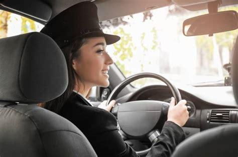 Ah Yeah, We Pay Women Drivers Less Than Men. We Can