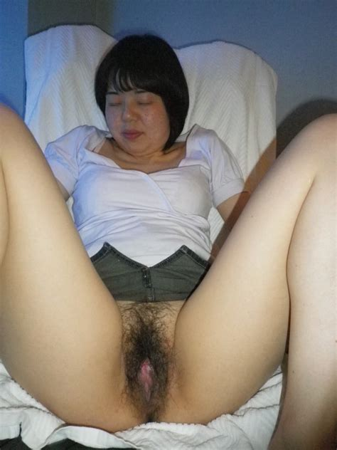 Super Cute Japanese Wifes Really Hairy Pussy And Blow Job