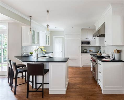 angled peninsula transitional kitchen casa verde