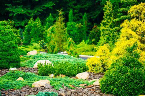 Den Garten Anlegen Lassen  Kosten Und Vorteile Das