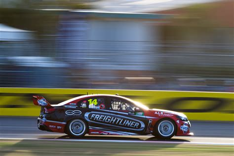 gallery supercars action townsville speedcafe