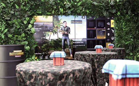 oppo opens    pubg themed store  india
