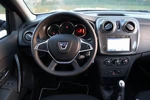 Nouvelle Dacia Sandero 2017 : reflet du tdb dans pare brise dacia forum marques ~ Gottalentnigeria.com Avis de Voitures