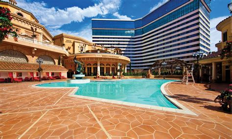 Pools  Luxuries & Amenities At Peppermill Hotel Casino