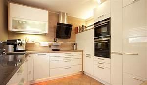 Küchen Quelle Gmbh : hochglanzk che mit schr ghaube modern k che n rnberg von k chen quelle gmbh ~ Markanthonyermac.com Haus und Dekorationen