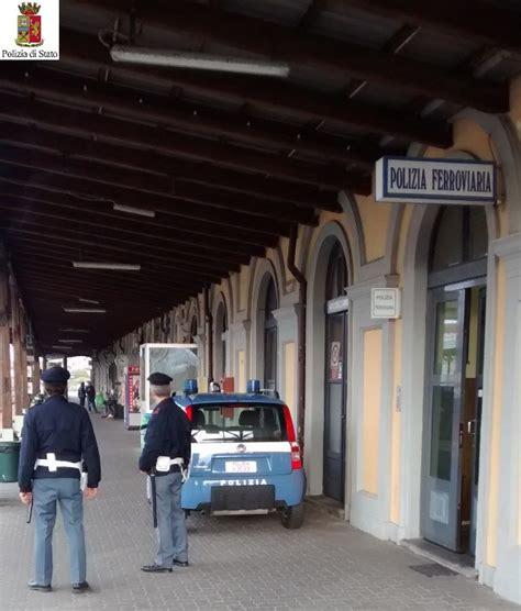 Polfer Torino Porta Nuova by Cronaca Bra Atti Osceni Alla Stazione La Polfer Ferma