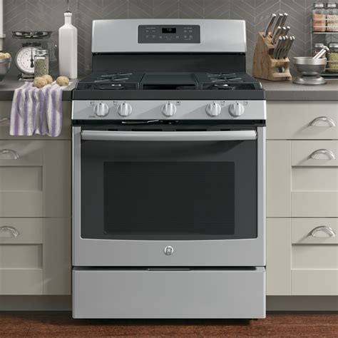 "JGB700SEJSS   GE 30"" Free Standing Gas Convection Range"