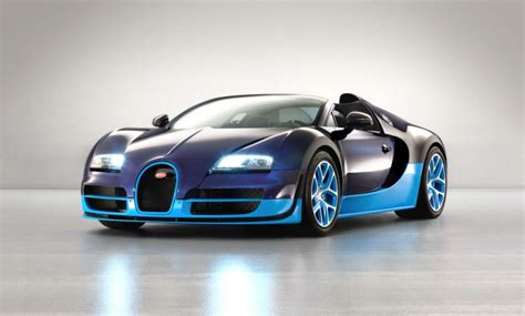 How Many Bugatti Veyron In The World by This Is The Prettiest And Most Expensive Car Crash You Ll