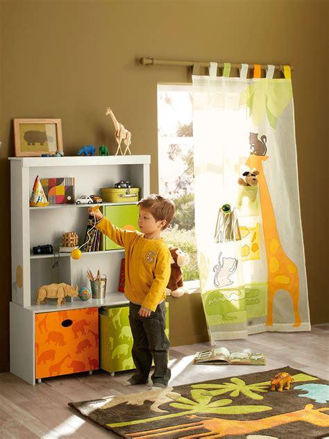 chambres pour enfants une chambre d 39 enfant qui aime les animaux et la savane
