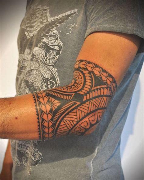 tatouage coude