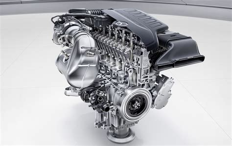 Mercedes To Overhaul Internal Combustion Engines From 2017