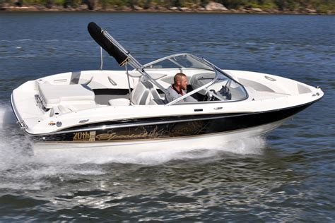 American Bowrider Boat Brands by Bayliner 185 Bowrider Review Boatadvice