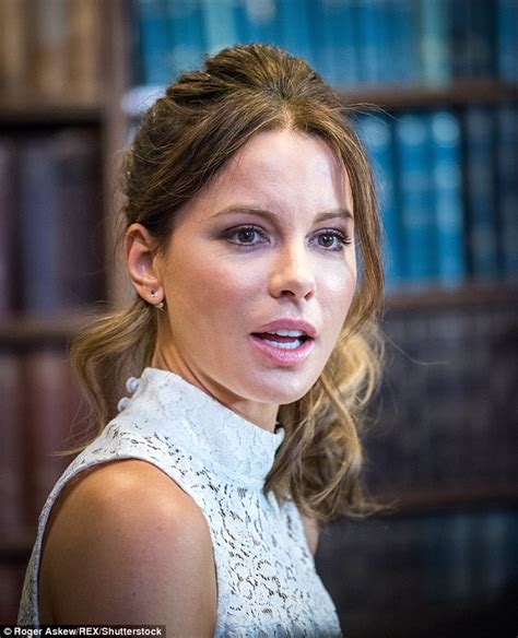 actress like kate beckinsale kate beckinsale is typically english rose as she makes