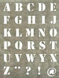 Buchstaben Schablone Metall : pochoir lettres home sweet home pinterest pochoir pochoir lettre and pochoir a imprimer ~ Frokenaadalensverden.com Haus und Dekorationen