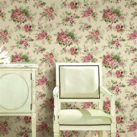 id馥 tapisserie chambre adulte idee tapisserie chambre adulte 10 papier peint vintage 224 motifs floraux en 25 id233es fantastiques kirafes