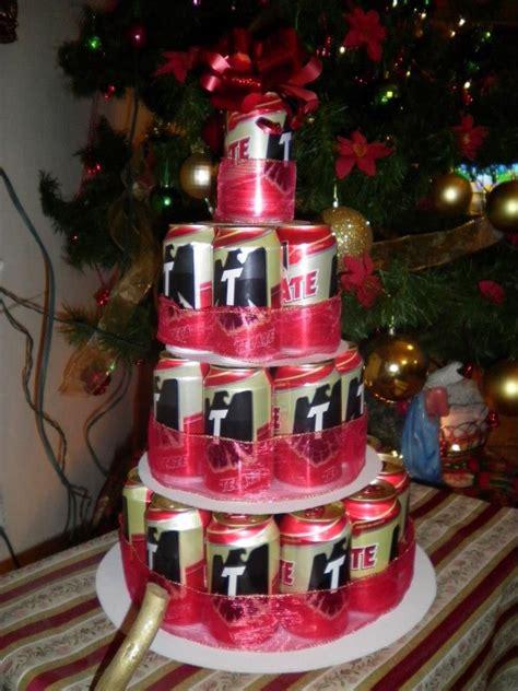 regalo de navidad  hombres  cerveza tecate