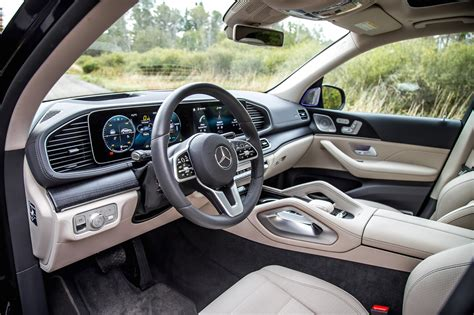 77.24 lakh to 1.25 crore in india. First Drive: 2020 Mercedes-Benz GLE-Class | CAR