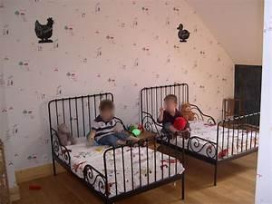 Lit Pour Enfant Ikea : lit volutif enfant ikea minnen noir pour mes jumeaux gar ons et blanc cass pour ma fille ~ Teatrodelosmanantiales.com Idées de Décoration