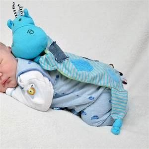 Geschenke Zum Ersten Auto : r ckblick baby alex in seinem ersten strampler ~ Jslefanu.com Haus und Dekorationen