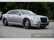 2015 Chrysler 300 24