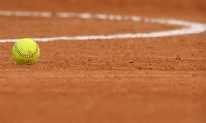Cool Softball Wallpapers - WallpaperSafari
