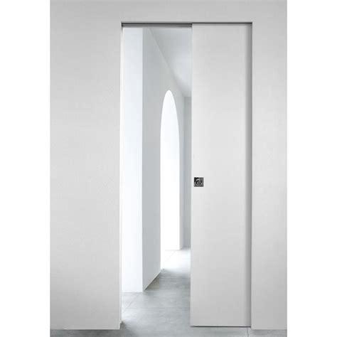 interieur placard cuisine porte à galandage ou escamotable la solution minimaliste