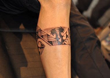 palm tree tattoos  men polynesian tattoos originated