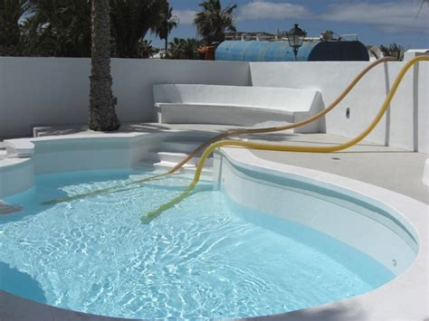 filling  swimming pool  water