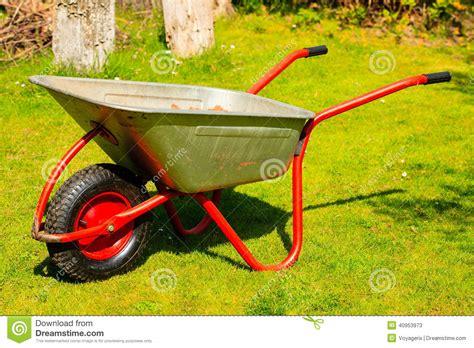 brouette jardinage