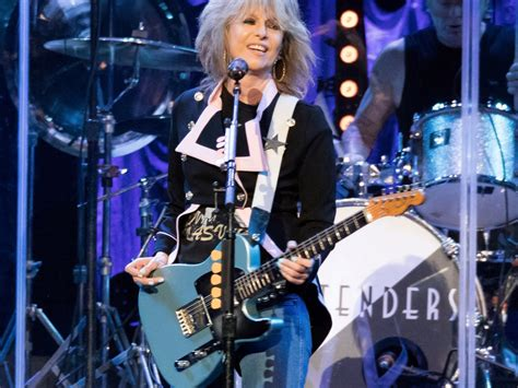 chrissie hynde  private life played   public glare