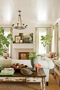Renovation: Senoia Farmhouse - Farmhouse - Living Room