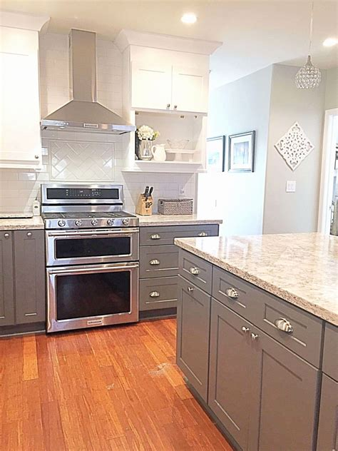 lowes kitchen cabinets  stock sale