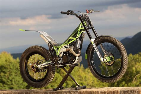 trial bike motorrad vertigo trial pr 228 sentation motorrad fotos motorrad bilder
