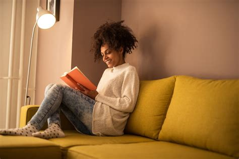 10 Benefits Of Reading That Will Make You More Employable  Business Insider