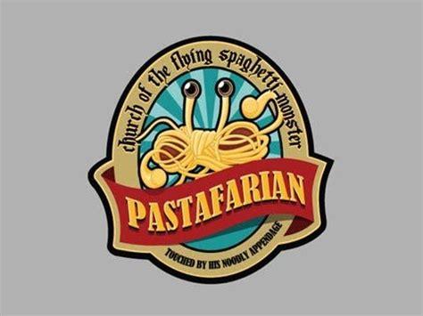 mostro di spaghetti volante la pastasciutta nei per il world pasta day il 25 ottobre