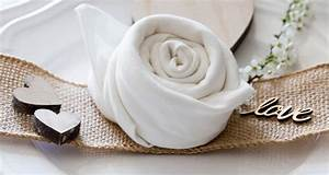 Servietten Rose Falten : servietten formen simple bastelideen with servietten formen finest fr die dschunke with ~ Eleganceandgraceweddings.com Haus und Dekorationen