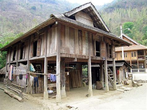 la cuisine vietnamienne maisons sur pilotis typiques du