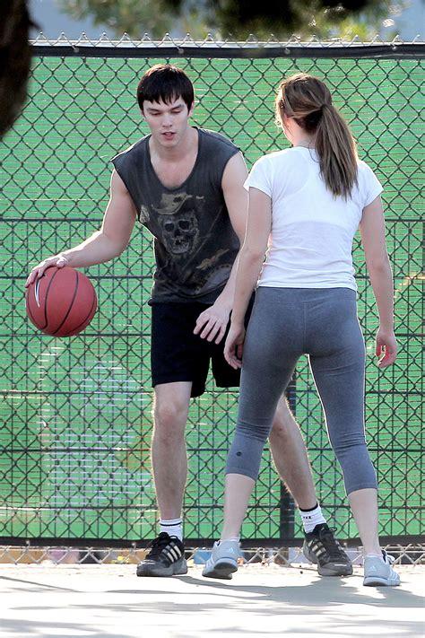 jennifer lawrence  tight playing basketball hawtcelebs