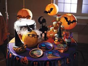 Halloween Deko Aus Amerika : gespenstische halloween dekoration selbst basteln pink dots partystore deko blog ~ Markanthonyermac.com Haus und Dekorationen