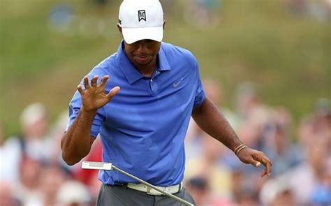 US Open 2013: Tiger Woods suffers hurt to his wrist and ...