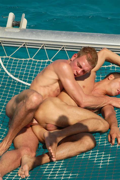 Hot Guys Nude Gay Sex