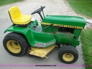 John Deere 112 Mower
