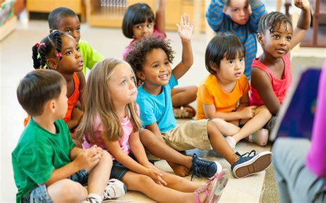 preschool pictures attending kindergarten 981