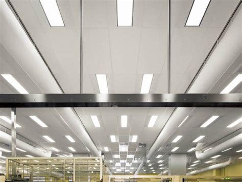 faux plafond insonorisant en de verre pour h 244 pitaux ecophon hygiene labotecair a c1 by